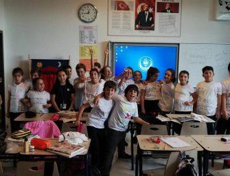 """TED KOCAELİ KOLEJİ """"TÜRK DİL BAYRAMI""""NI KUTLADI"""